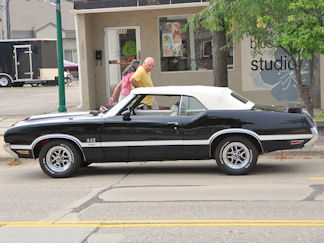 Darcy Christopherson, 1970 Olds 442 w-30 Black Convertible 4 Speed - 8/29/14